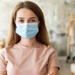 Уход за кожей лица при ношении медицинской маски